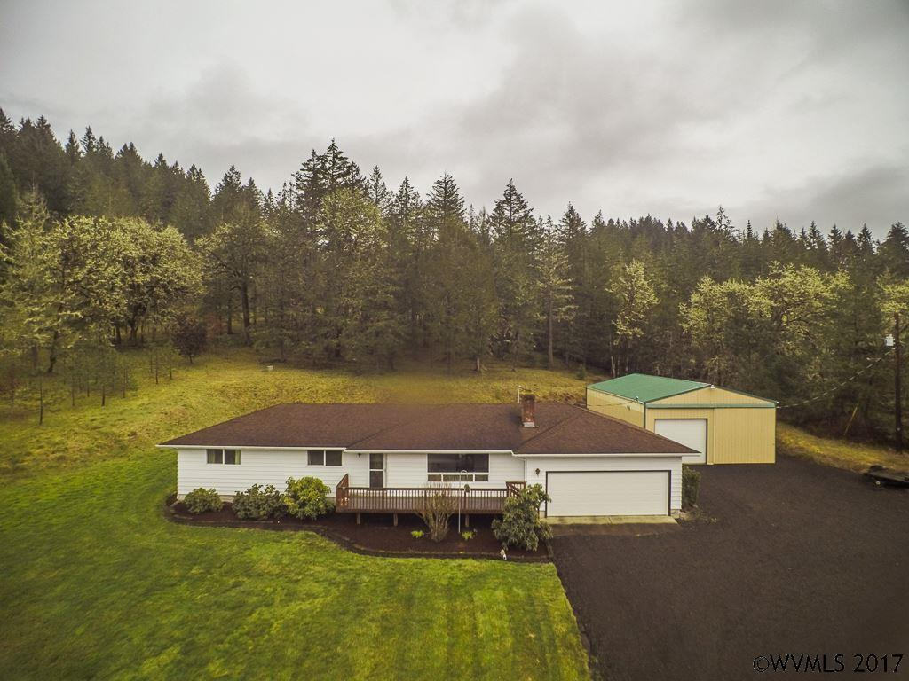 Image of  for Sale near Lebanon, Oregon, in Linn County: 4.93 acres