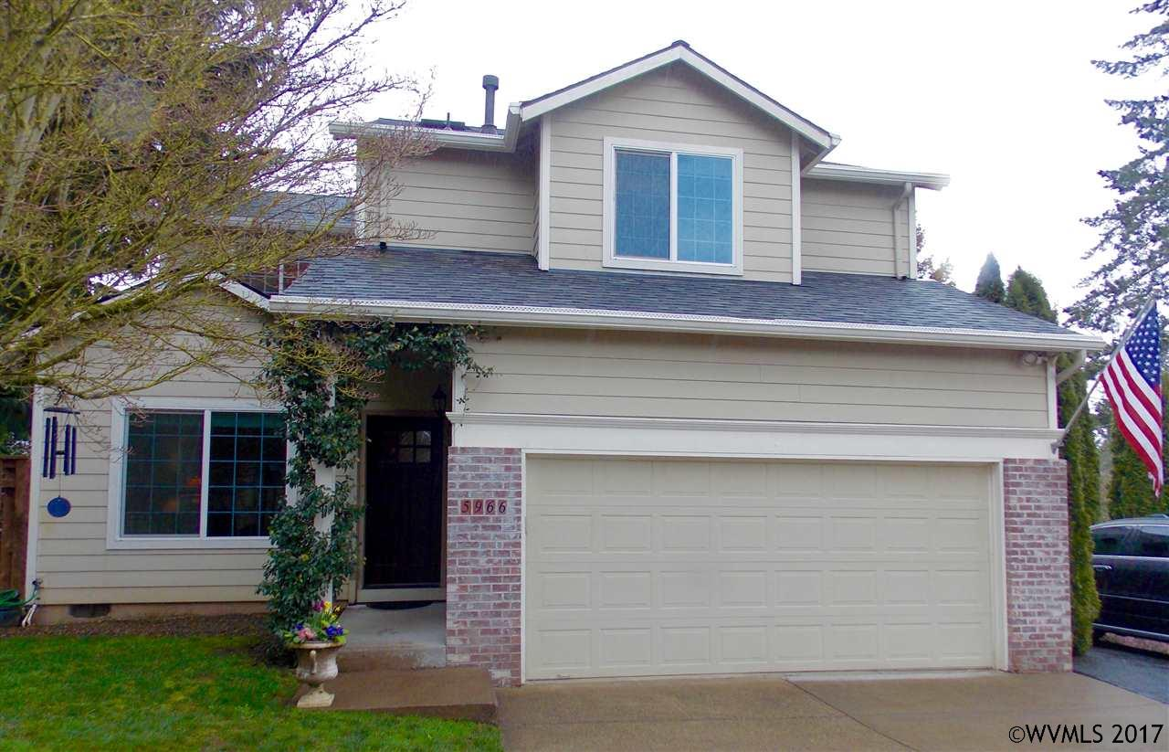 Photo of 5966  Frost Ln  Lake Oswego  OR
