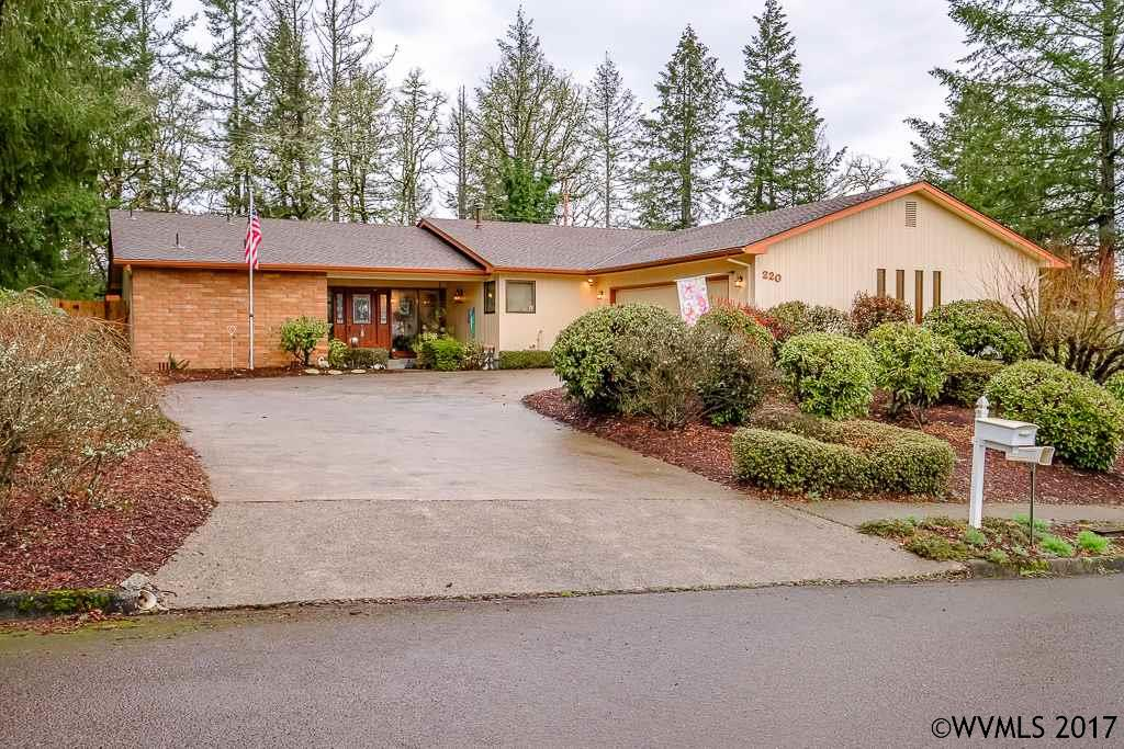 220 Osage St, Sweet Home, OR 97386