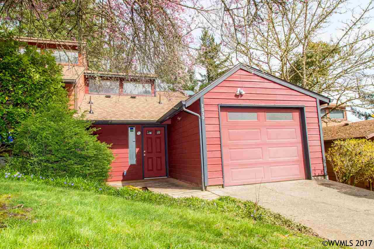 Photo of 1035 NW Charlemagne Pl  Corvallis  OR