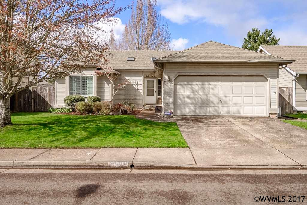 Photo of 4951 SW Roseberry St  Corvallis  OR
