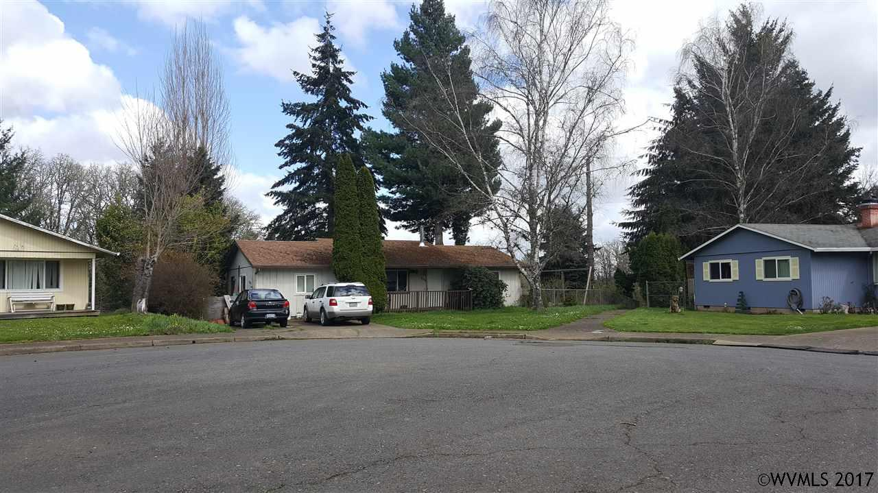 Photo of 790 NE 5th St  Willamina  OR