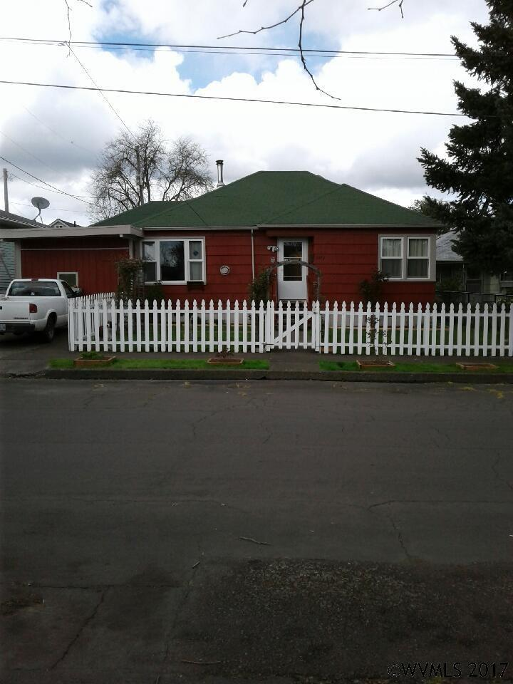 Photo of 1073  13th Av SW  Albany  OR