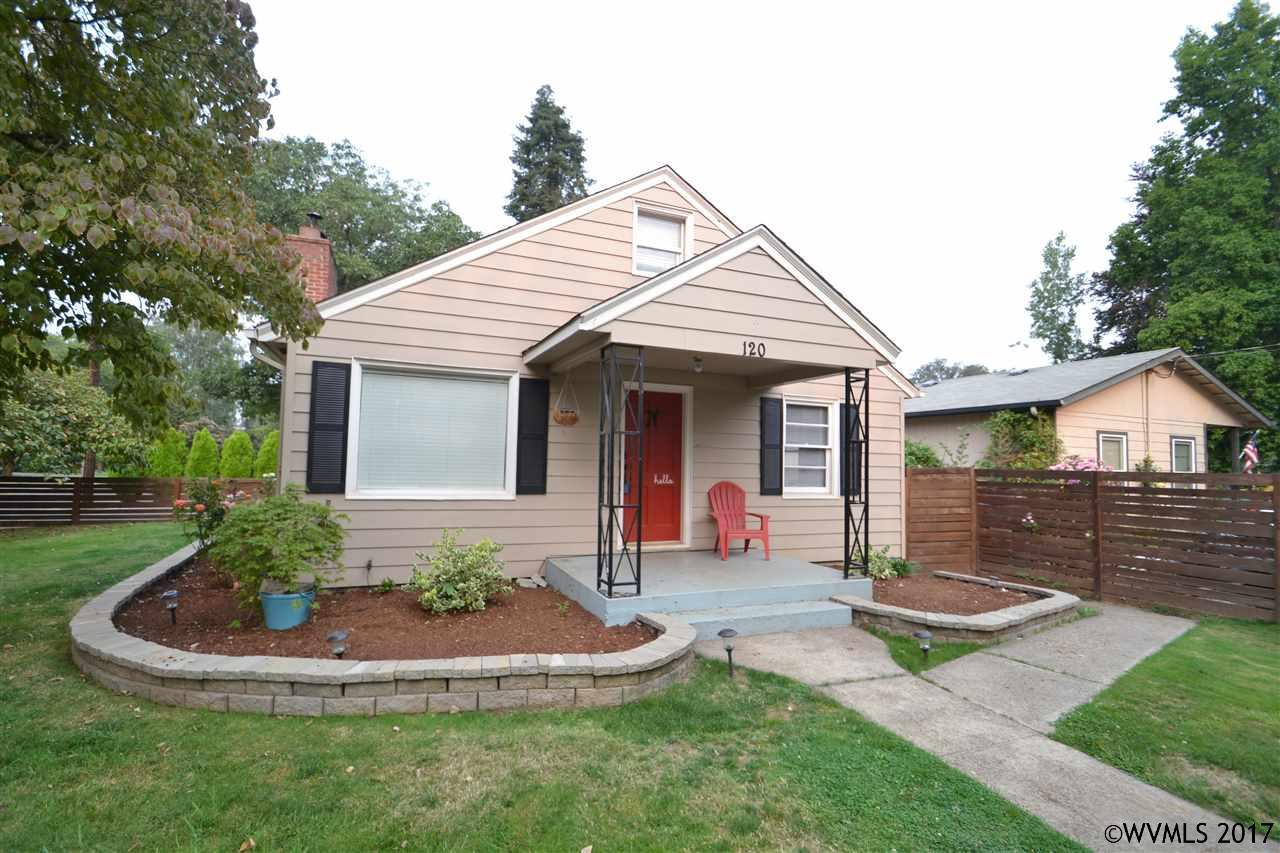 Photo of 120 S James St  Silverton  OR