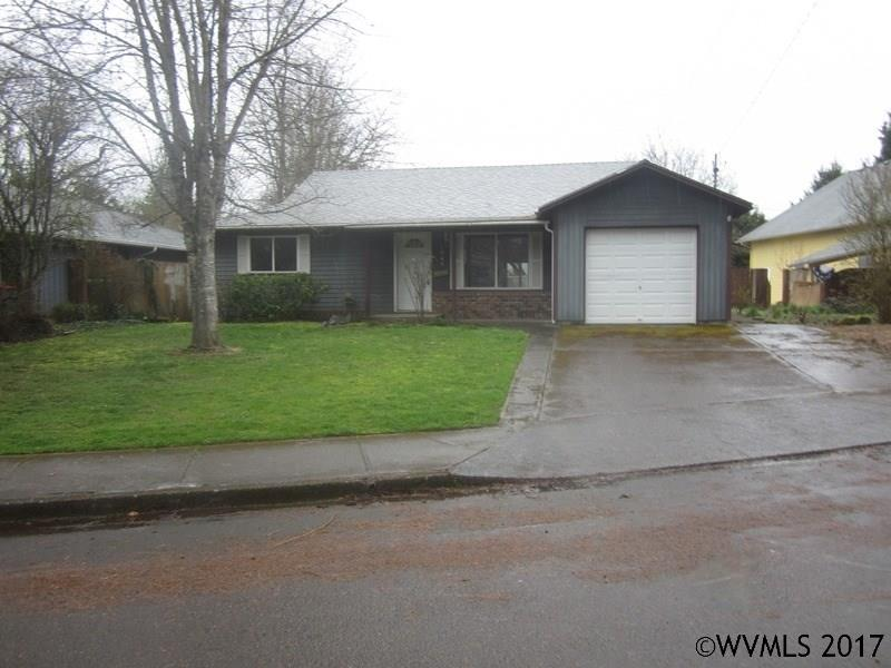 Photo of 1045 SE Brooks St  McMinnville  OR