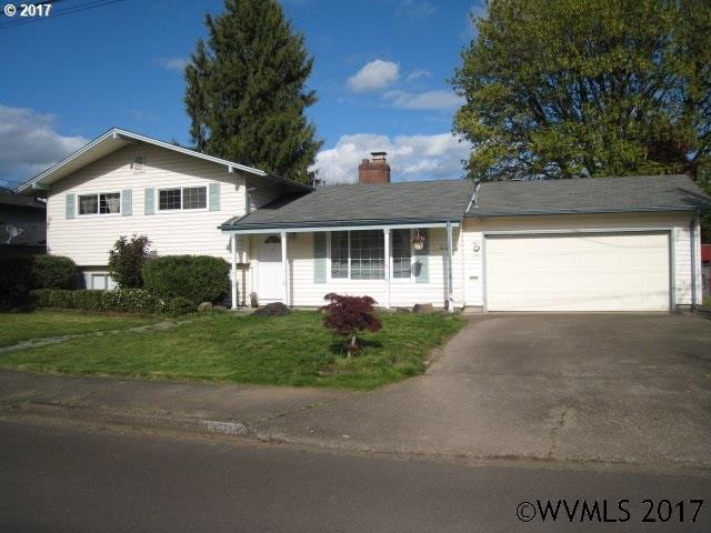 Photo of 2002 NE Adams St  McMinnville  OR