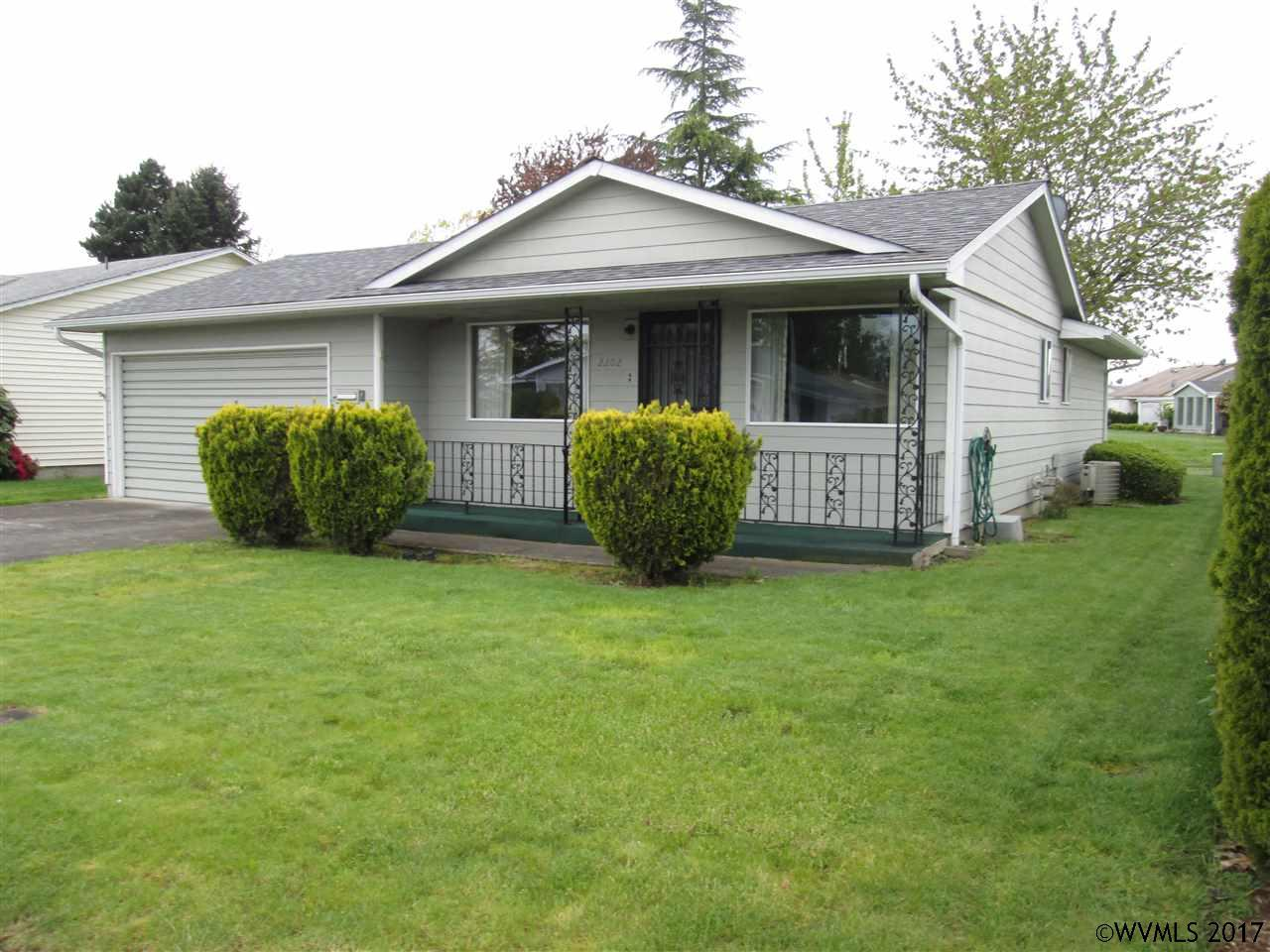 Photo of 2202 W Hayes St  Woodburn  OR