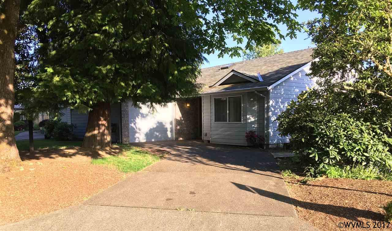 Photo of 520 E Mill Stream Woods  Stayton  OR