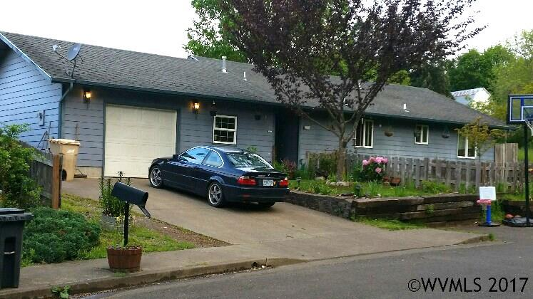 Photo of 724 N 11th St  Philomath  OR