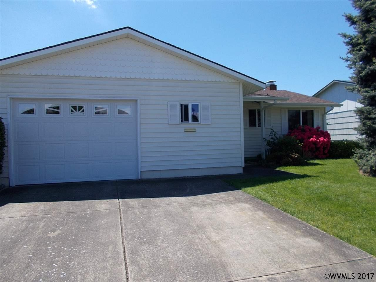 Photo of 2212  Country Club Terrace  Woodburn  OR