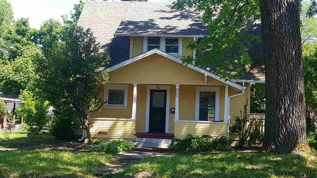 Photo of 613 NW 4th St  Corvallis  OR