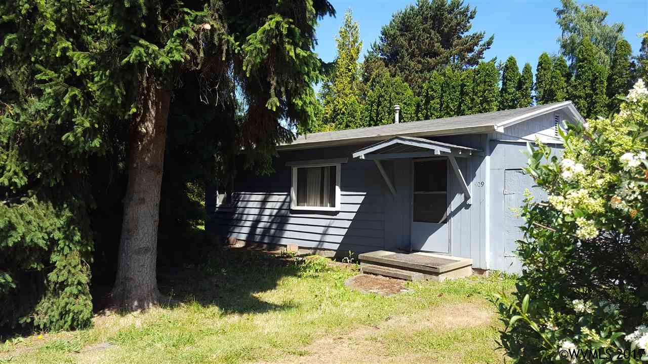 Photo of 409  Lincoln St  Silverton  OR