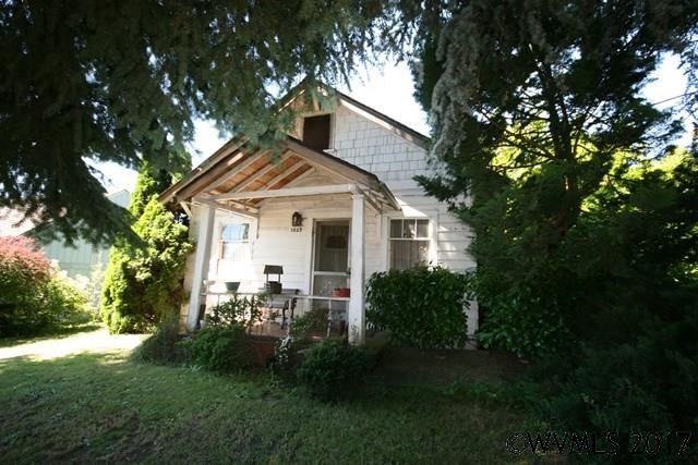Photo of 1323 NE Irvine St  McMinnville  OR