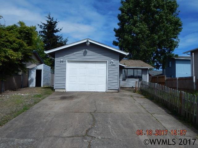 Photo of 3245  Lyon St SE  Albany  OR