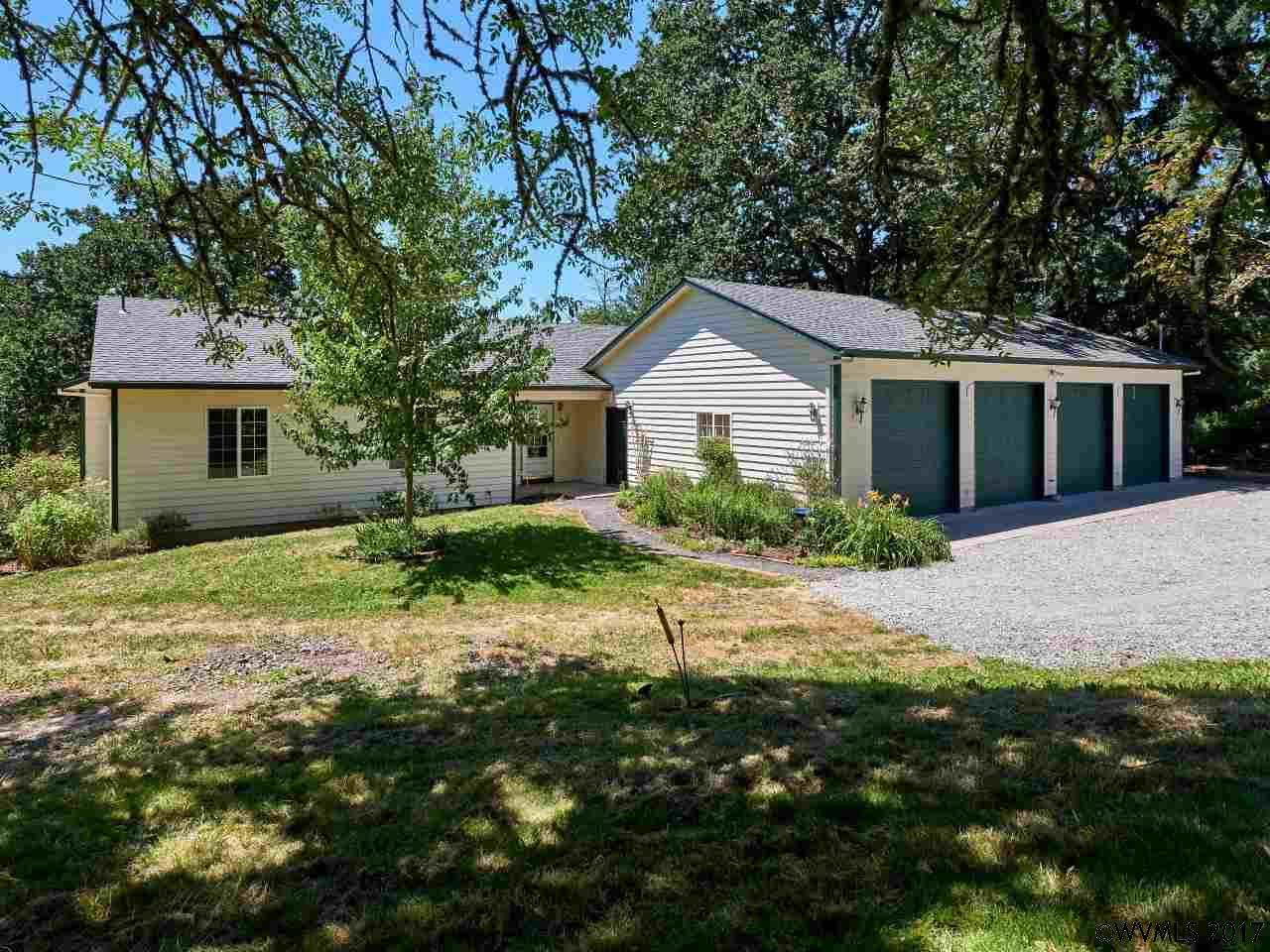 Photo of 10494 S Comers Creek Dr  Molalla  OR