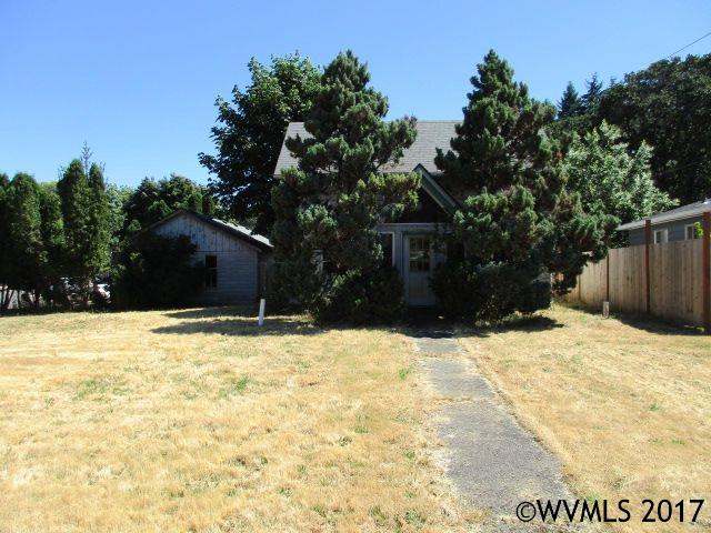Photo of 817 S Water St  Silverton  OR