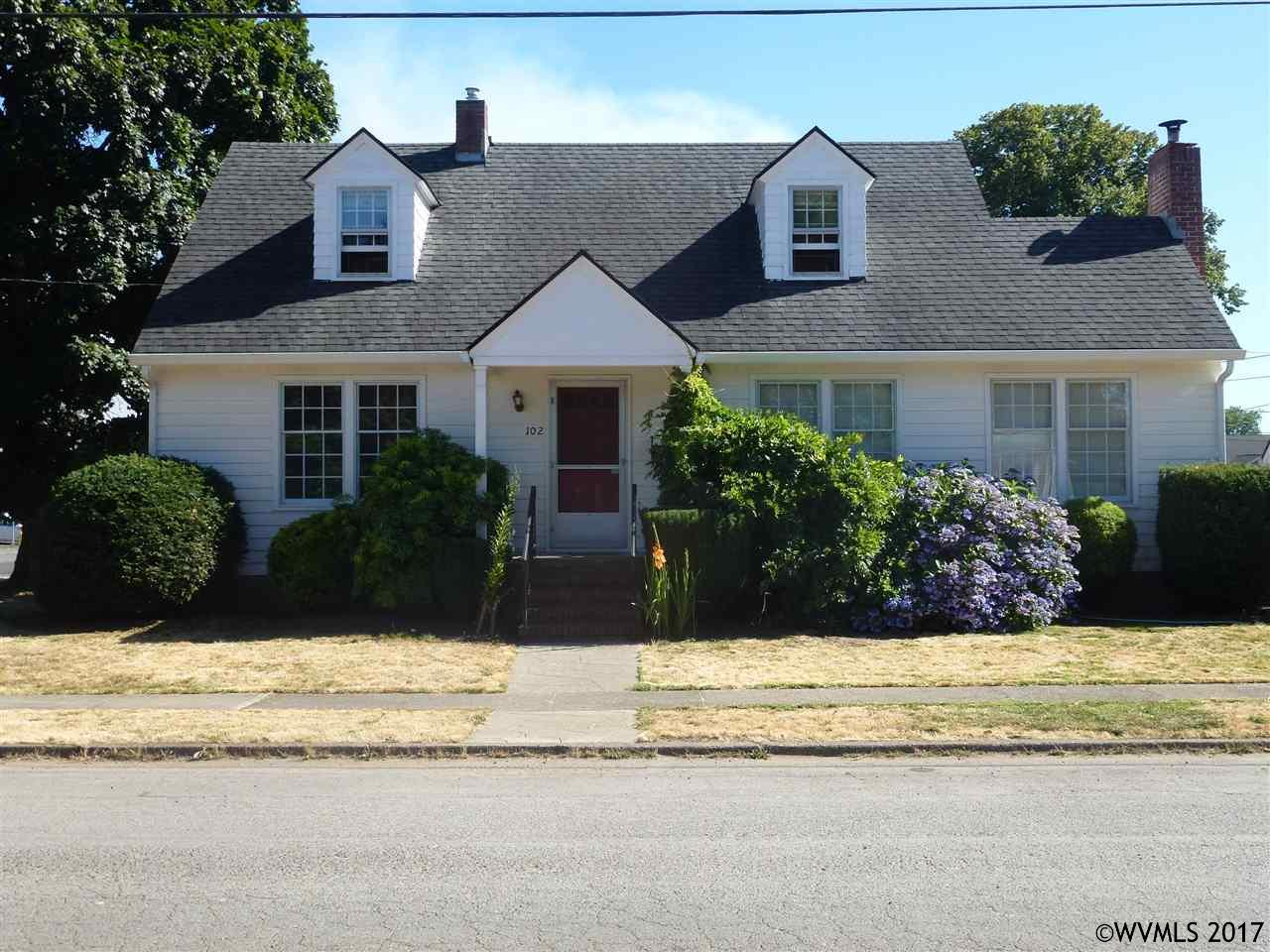 Photo of 102 W High St  Stayton  OR