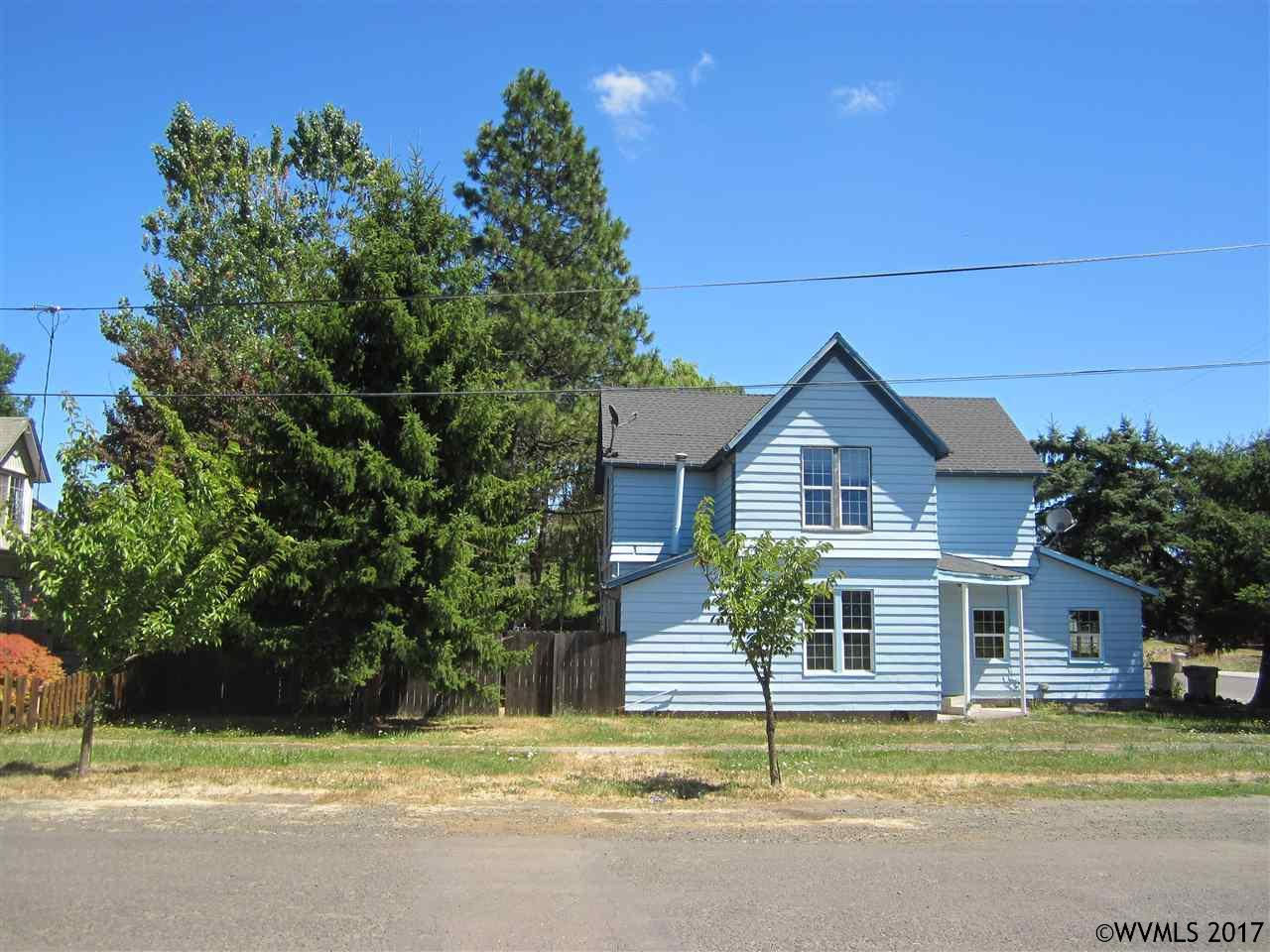 Photo of 203 N 12th  Philomath  OR