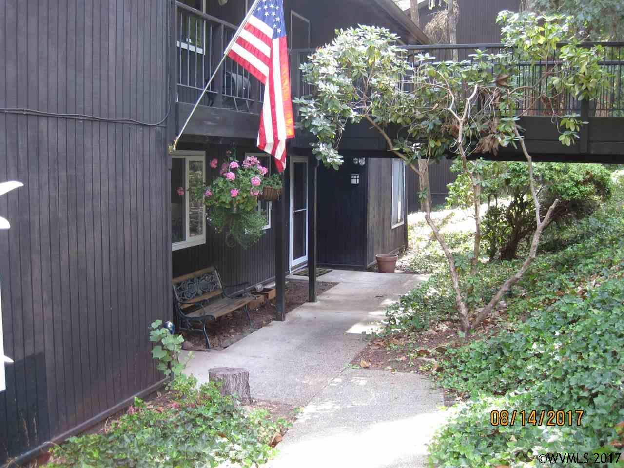 Photo of 2661  Woodstone Pl  Eugene  OR