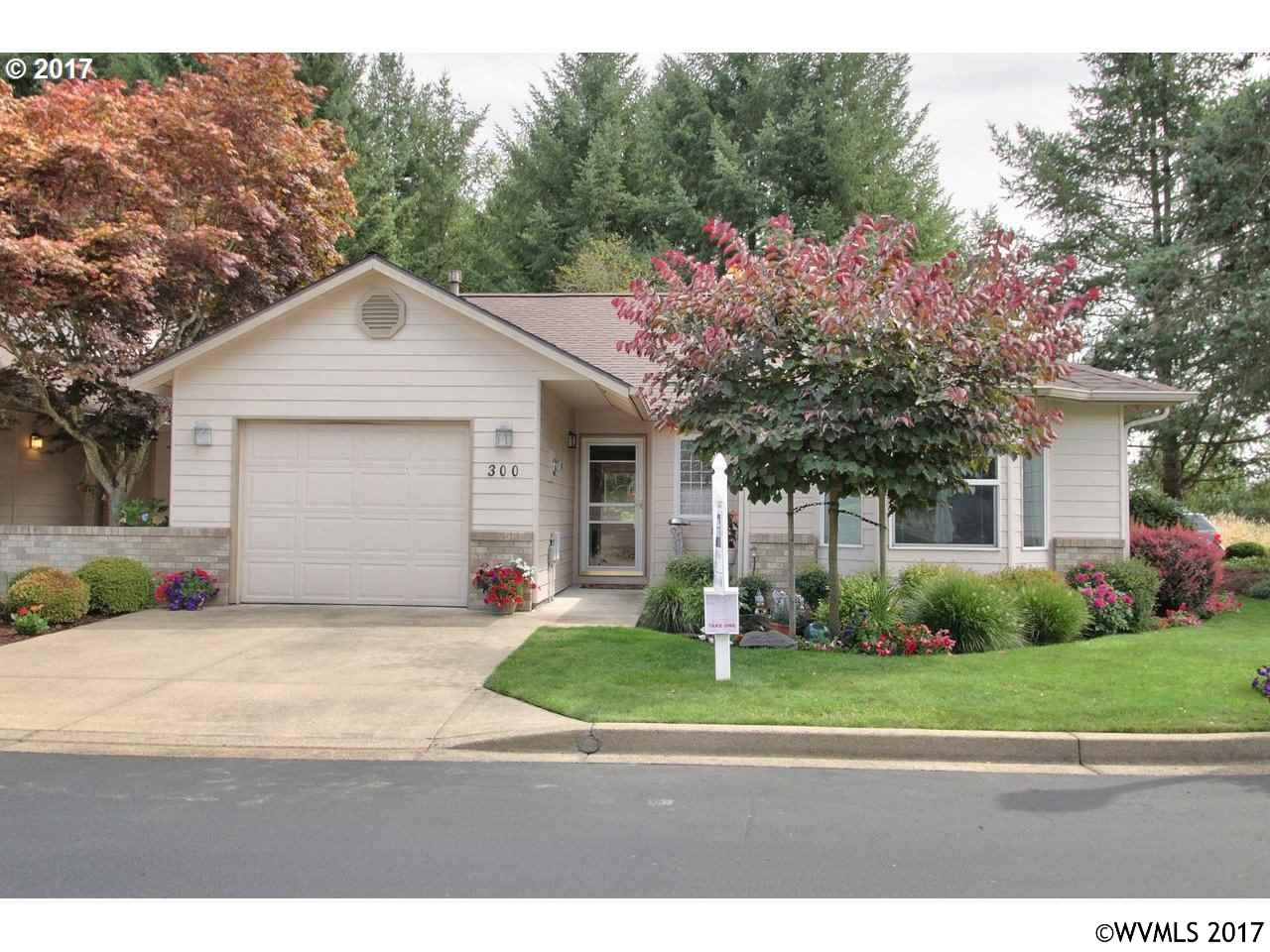 Photo of 300 NE Fircrest Pl  McMinnville  OR