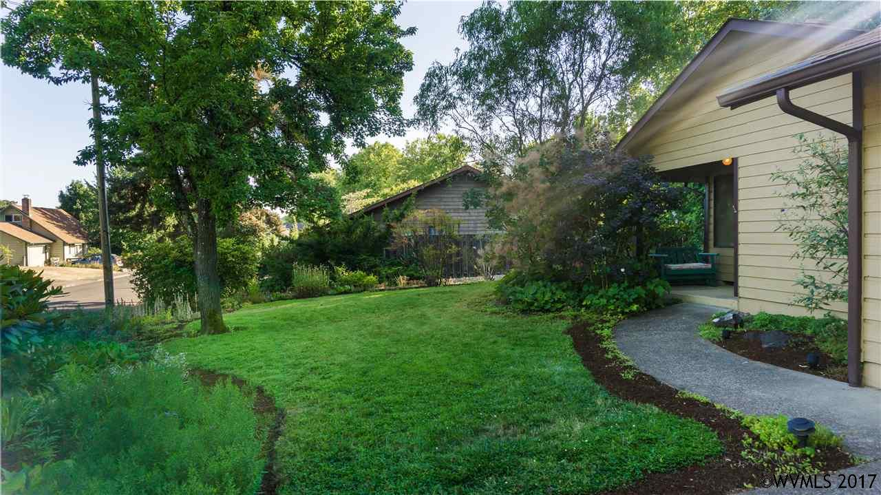 Photo of 2396 NW Green Cl  Corvallis  OR