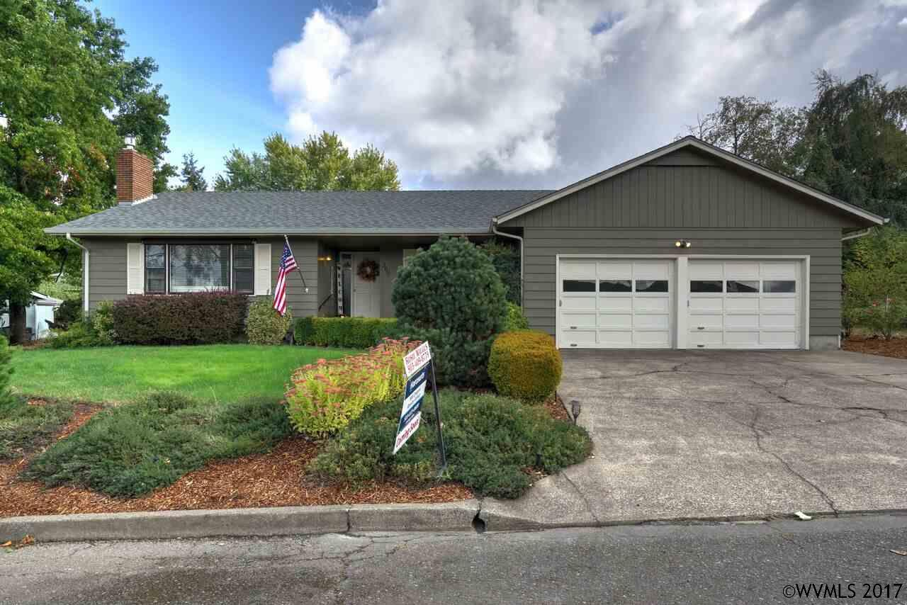 Photo of 360  Gilles St  Mt Angel  OR