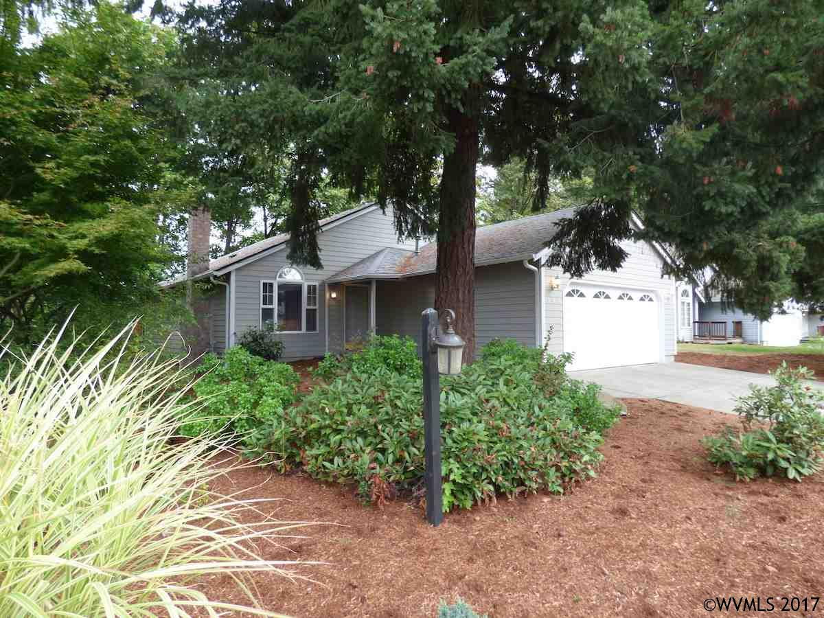 Photo of 545 E Mill Stream Woods  Stayton  OR
