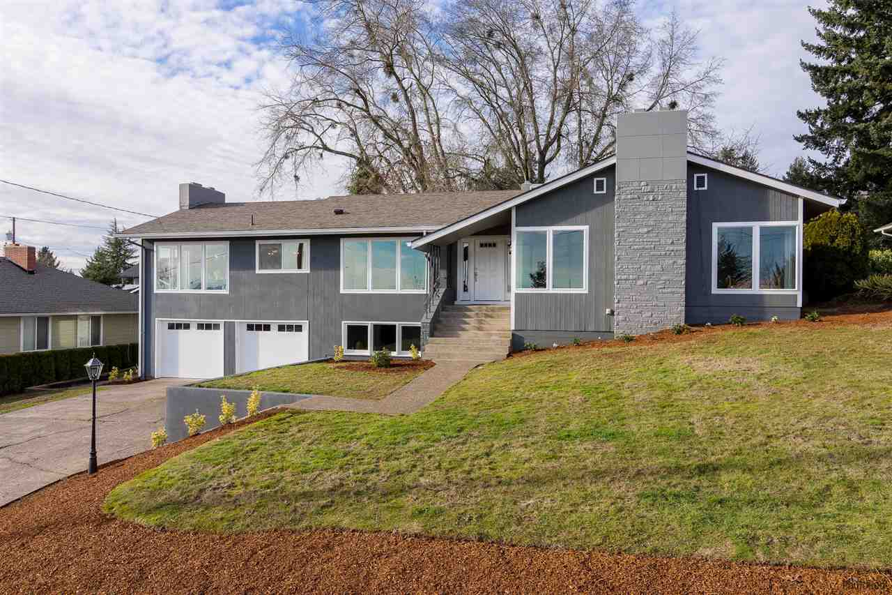 1235  Valley View Dr NW, Salem, Oregon