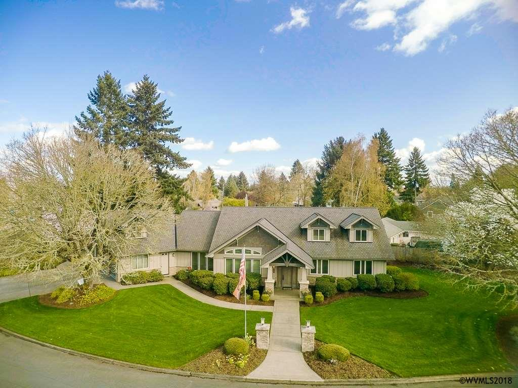 172  Country Club Ln Nw Albany, OR 97321