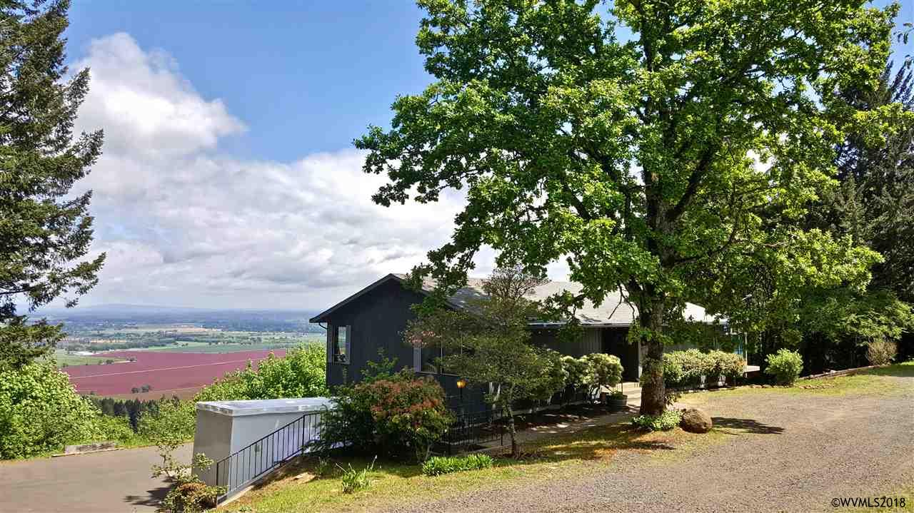 3700 Eagle Crest Rd NW, Salem, Oregon