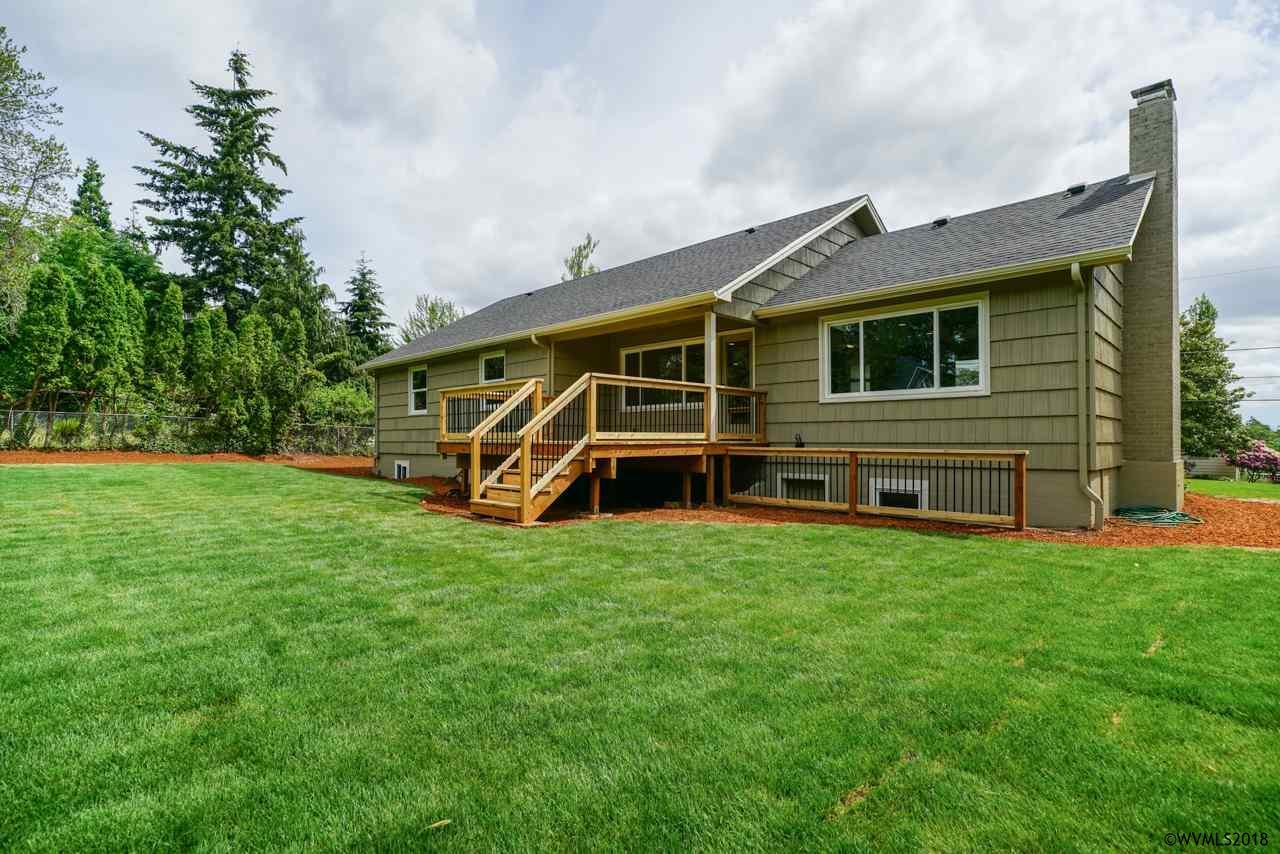 3385 Crestview Dr S, Salem, Oregon