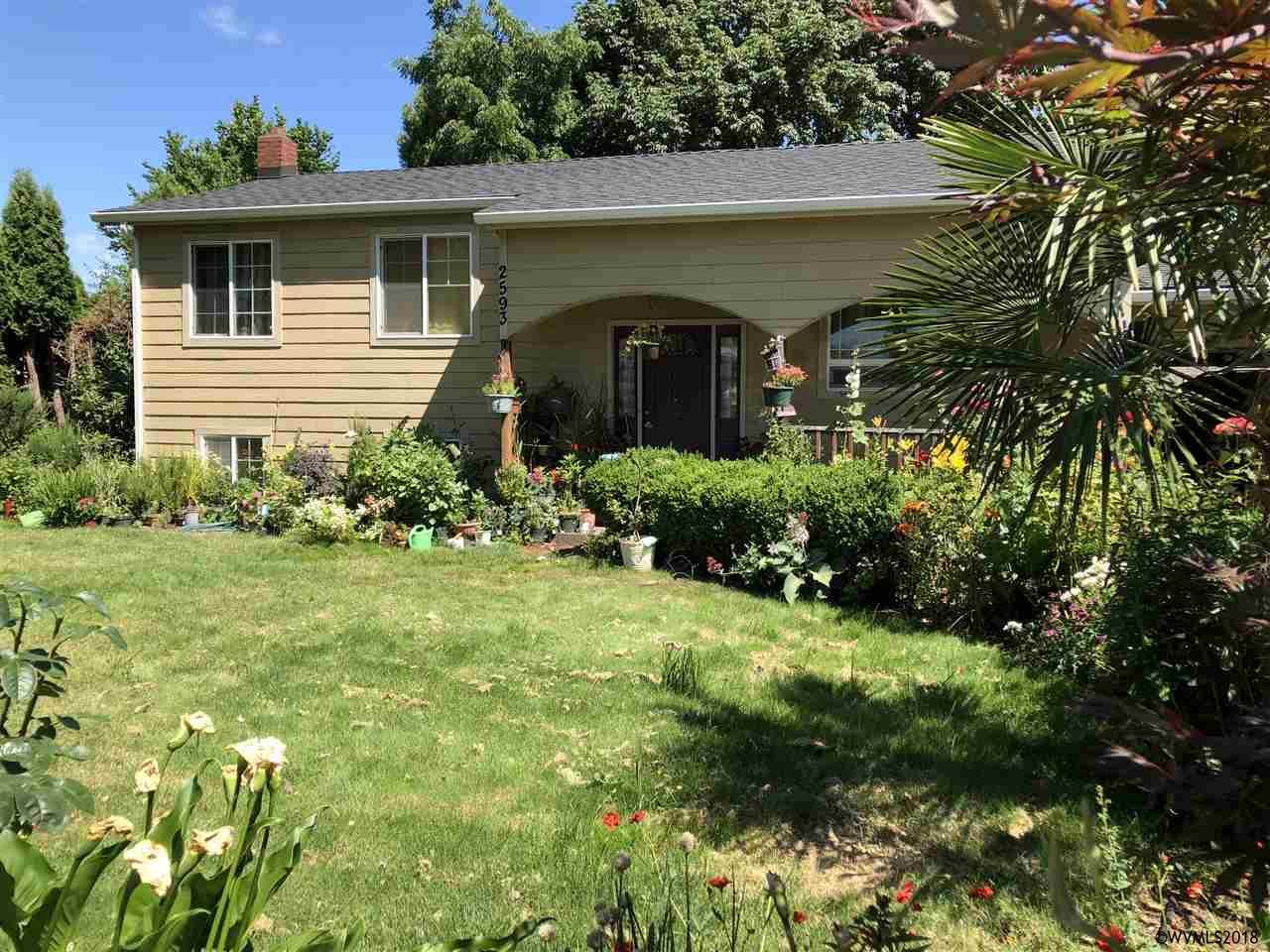 2593 Carleton Wy NE, Salem, Oregon