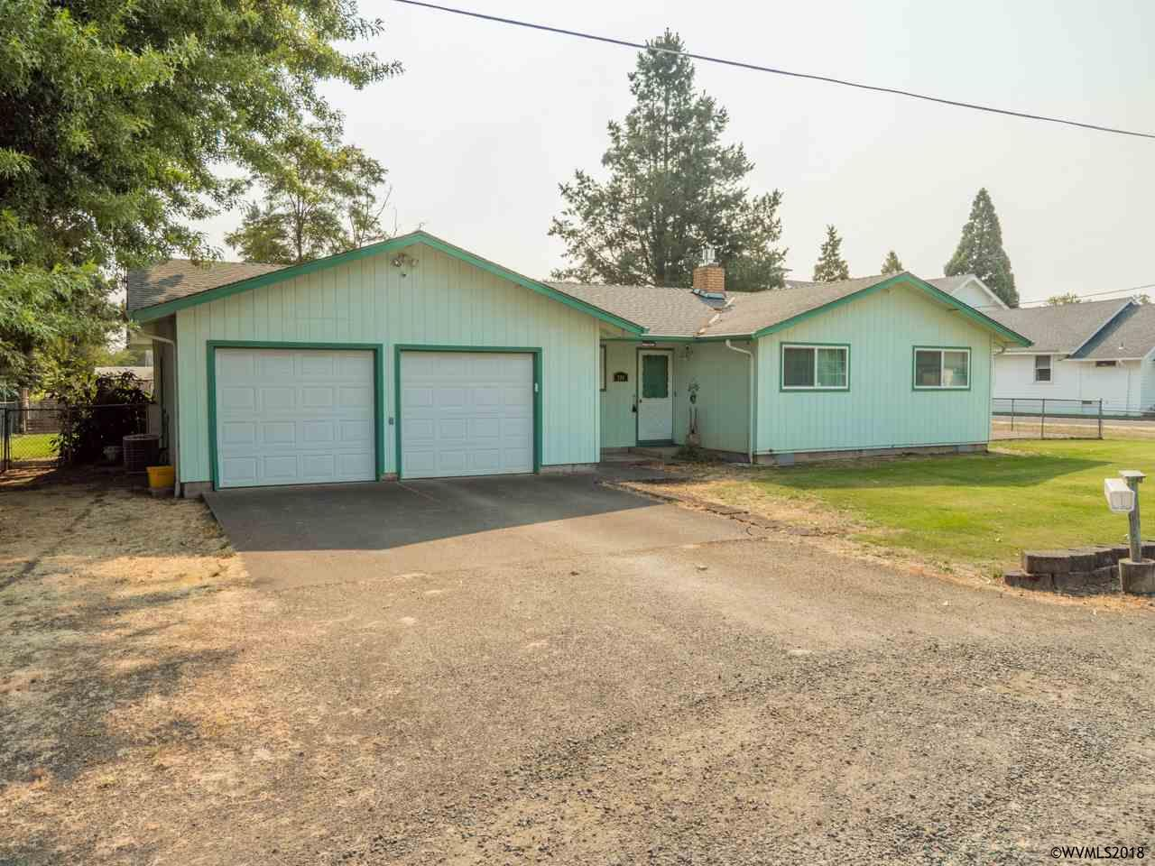 580 W 4th St Halsey, OR 97348