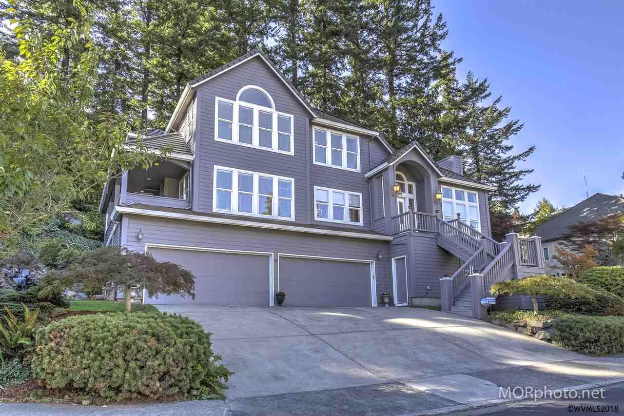 895 SW 67th Pl, Beaverton, Oregon