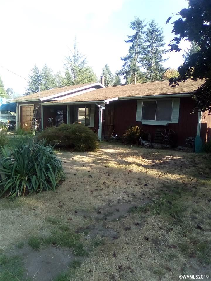 554 SE Fairview Mill City, OR 97360