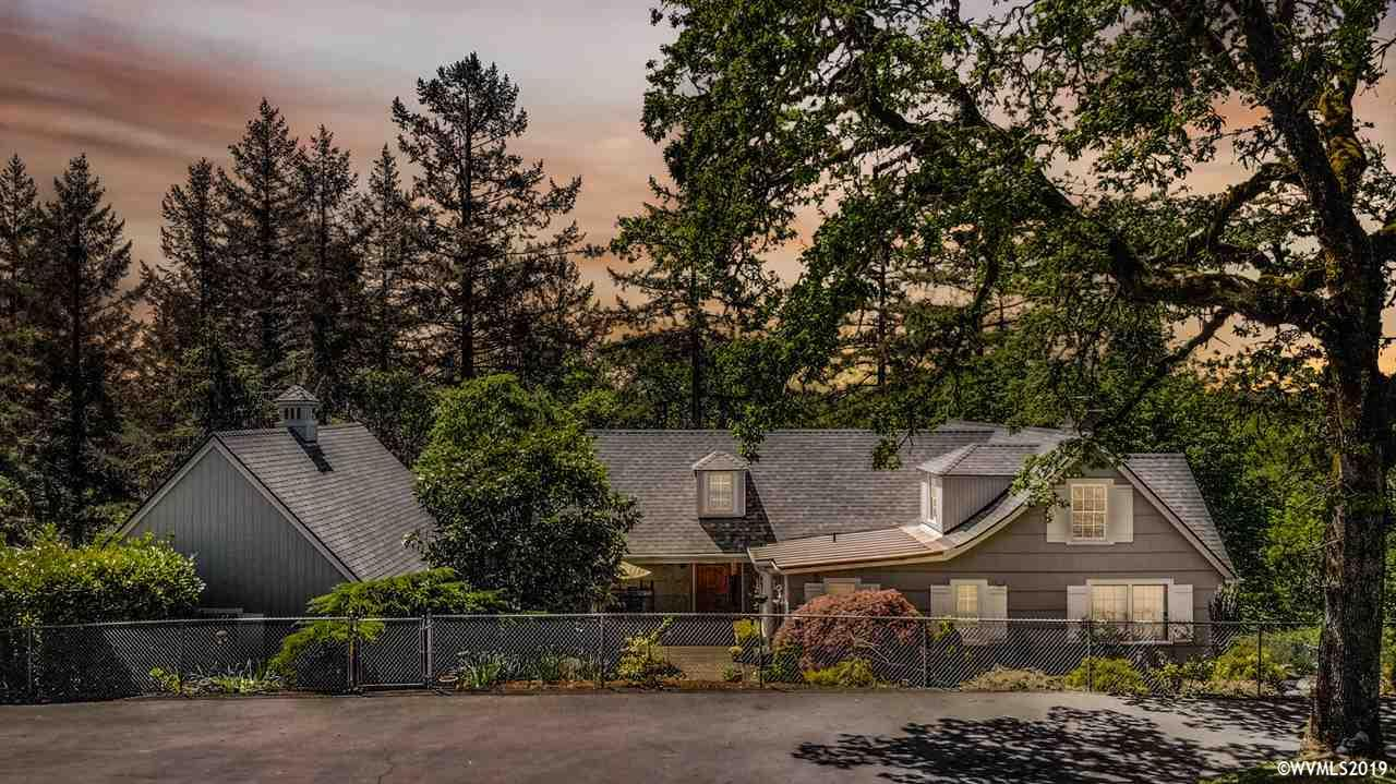 615 Scenic Dr Nw Albany, OR 97321