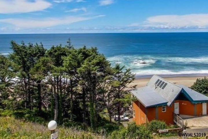 495 SW 37th Pl, Lincoln City, Oregon