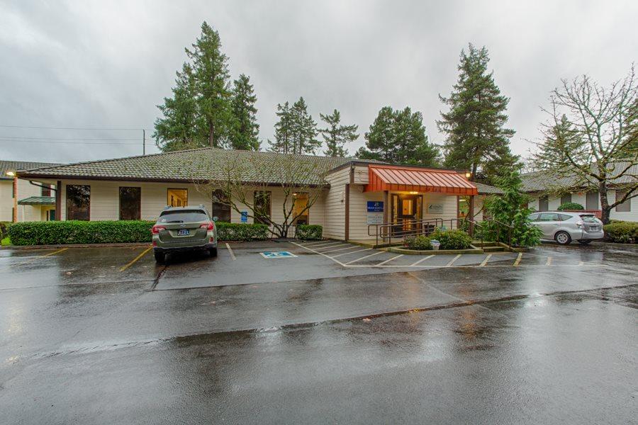 primary photo for 14385 SW Allen Bl, Beaverton, OR 97005, US