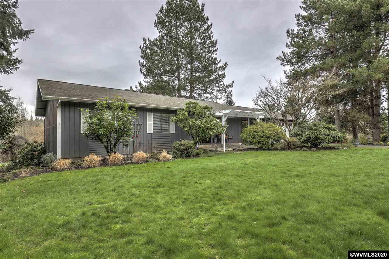 23605 SW Boones Ferry Rd, one of homes for sale in Tualatin