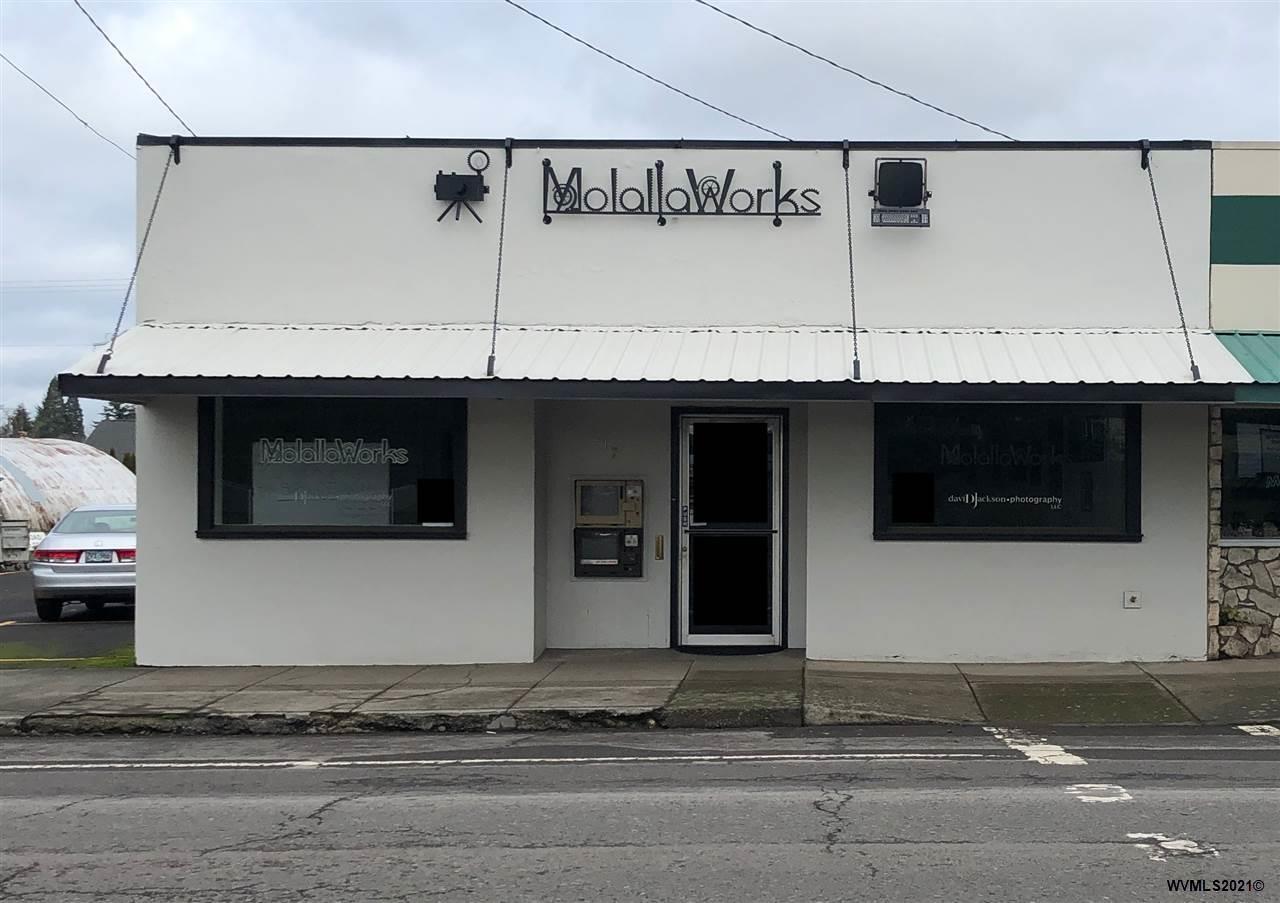 primary photo for 217 E Main St, Molalla, OR 97038, US