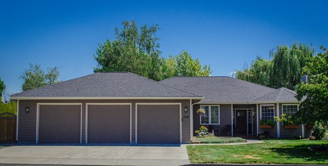 1945 Carriage St, Walla Walla, WA 99362