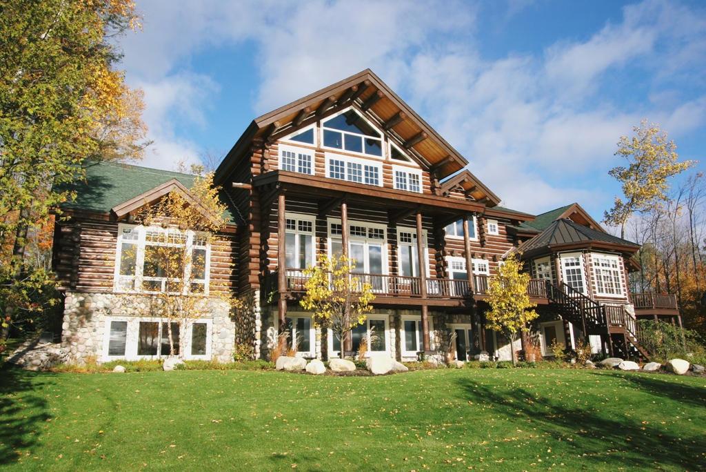 Real Estate for Sale, ListingId: 27688016, Petoskey,MI49770