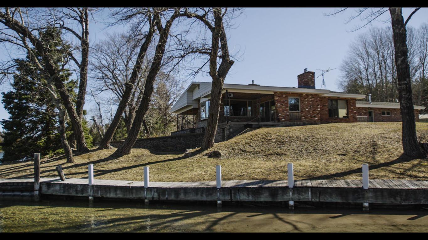 Real Estate for Sale, ListingId: 27892160, Cheboygan,MI49721