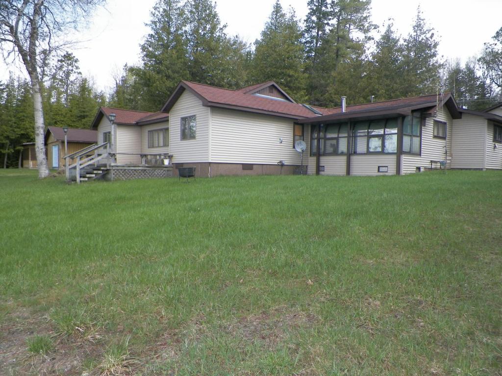 Real Estate for Sale, ListingId: 28170572, Indian River,MI49749