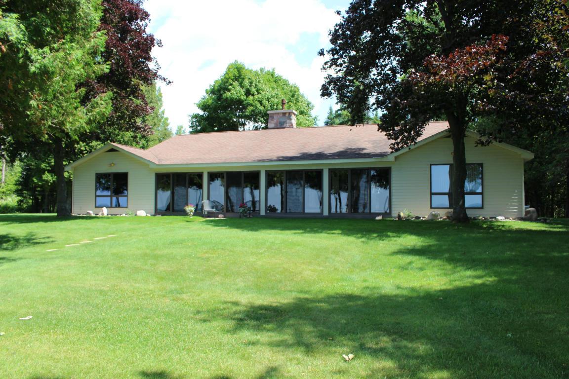 Real Estate for Sale, ListingId: 28449427, Cheboygan,MI49721