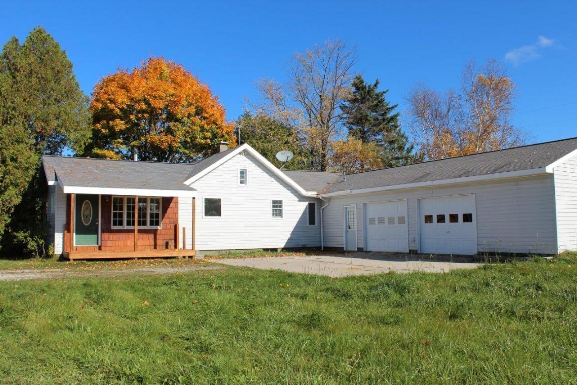 Real Estate for Sale, ListingId: 30378427, Cheboygan,MI49721