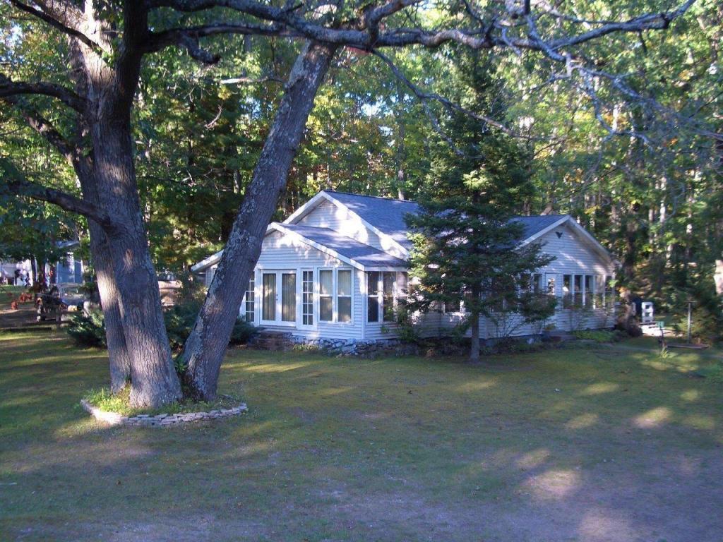 Real Estate for Sale, ListingId: 30910294, Indian River,MI49749