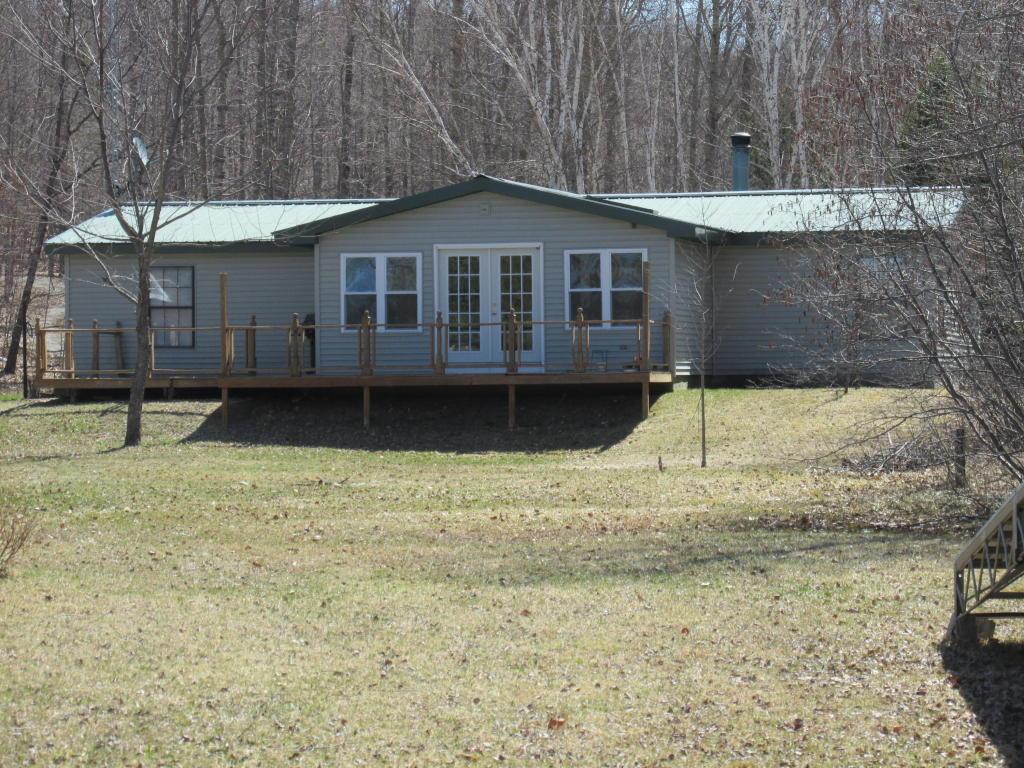 Real Estate for Sale, ListingId: 31848183, Levering,MI49755