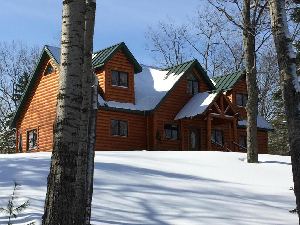 Real Estate for Sale, ListingId: 31861340, Millersburg,MI49759