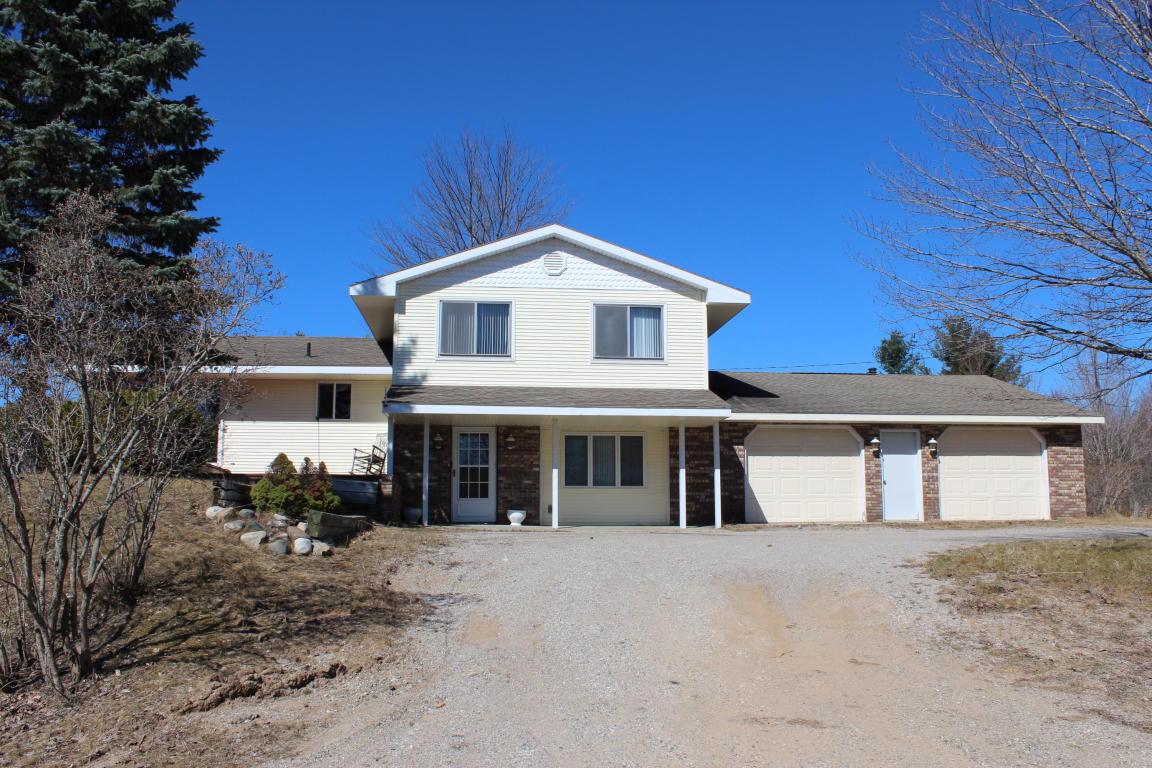 Real Estate for Sale, ListingId: 31991361, Cheboygan,MI49721